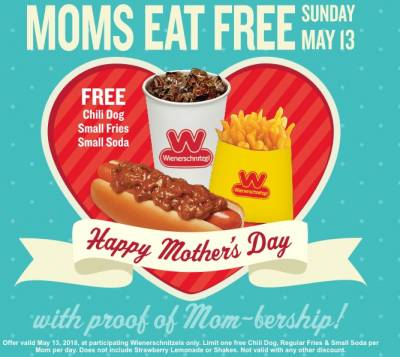 Free Chili Dog Meal at Wienerschnitzel For Moms on Mother's Day