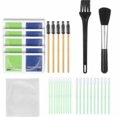 Free Sample of Cable / Phone Cleaning Kit